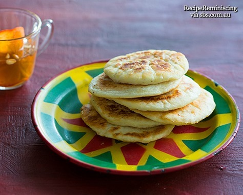 Sweet-pancake-with-persimmon-punch-h[1]