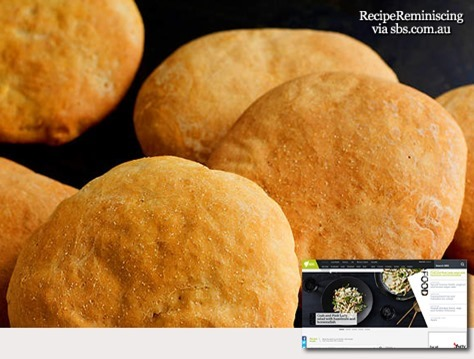 Moroccan bread (khobz)_sbs-com-au_post_thumb[2]