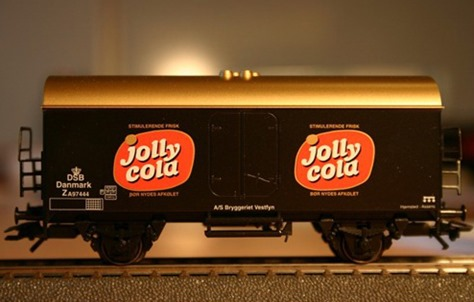 Jolly Cola_03