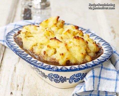 Oksekjøtt og Guinness Pai med Potetmoslokk