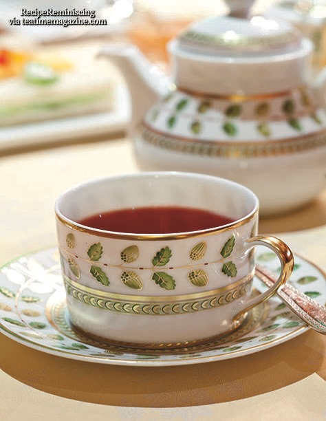 Seven Etiquette Faux Pas to Avoid During Teatime