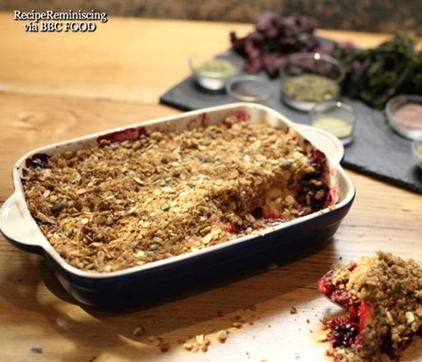 335_Apple and blackberry crumble_thumb[2]