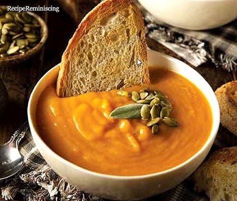 Karrikrydret Butternut Gresskar- og Pære Suppe