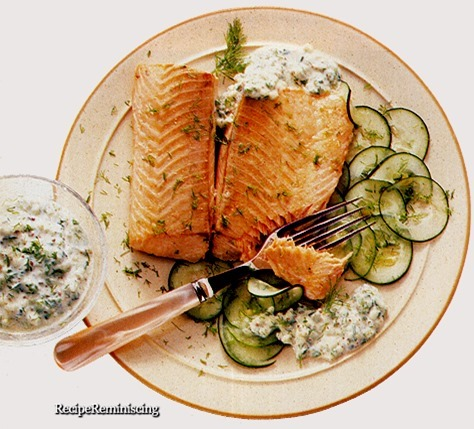 Salmon with Cucumber and Dill Sauce