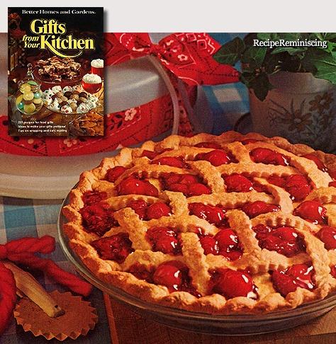 Cherry-raspberry pie