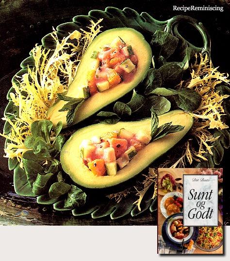 Fylt Avocado med Jordbærdressing