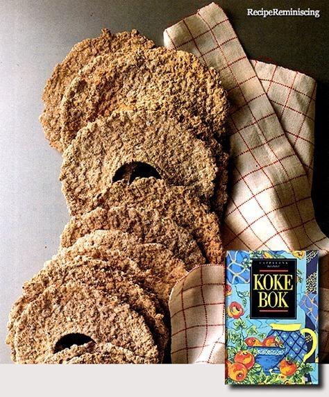 Norwegian Traditional Crispbread / Knekkebrød