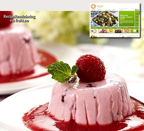 Raspberry Pudding with Raspberries Sauce / Bringebærpudding med Bringebærsaus