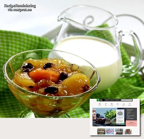 Traditional Norwegian Fruit Porridge with Milk / Tradisjonell Fruktgrøt med Melk